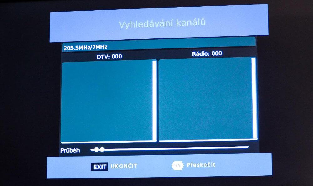 Automatické vyhledávání kanálů set-top boxu Strong SRT 82